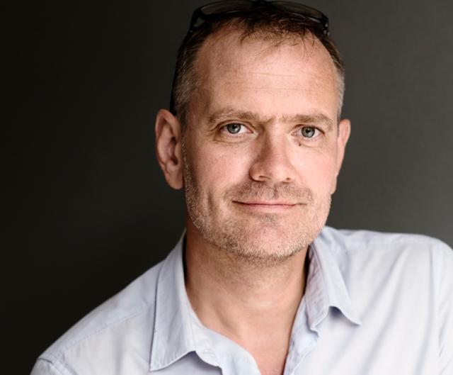Jesper Grimstrup, teoretisk fysiker